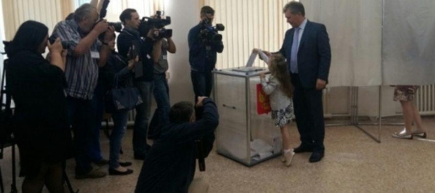 Спикер парламента Алтайского края проголосовал на праймериз «Единой России»