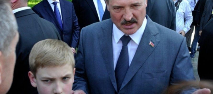 Александр Лукашенко привез на форум в Пекин своего 12-летнего сына