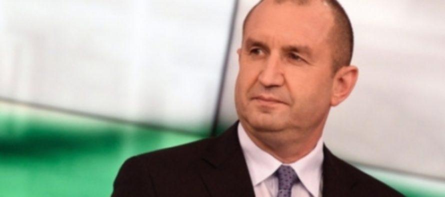 Президент Болгарии заявил, что поддерживает отмену антироссийских санкций