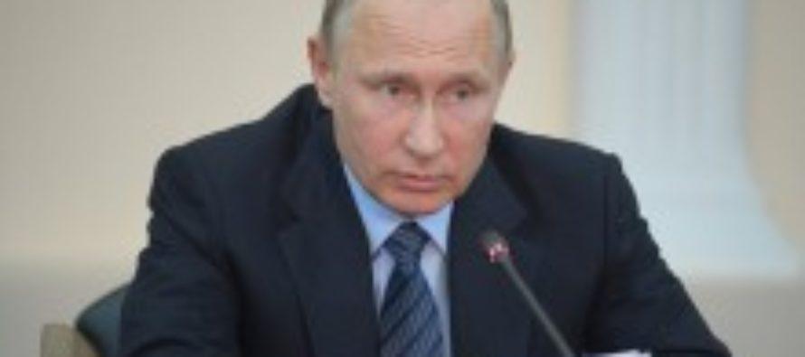 Путин предложил провести индексацию зарплат бюджетникам, не затронутым «майскими указами»