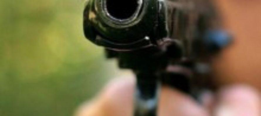 В Иркутске застрелили коллектора в подъезде дома