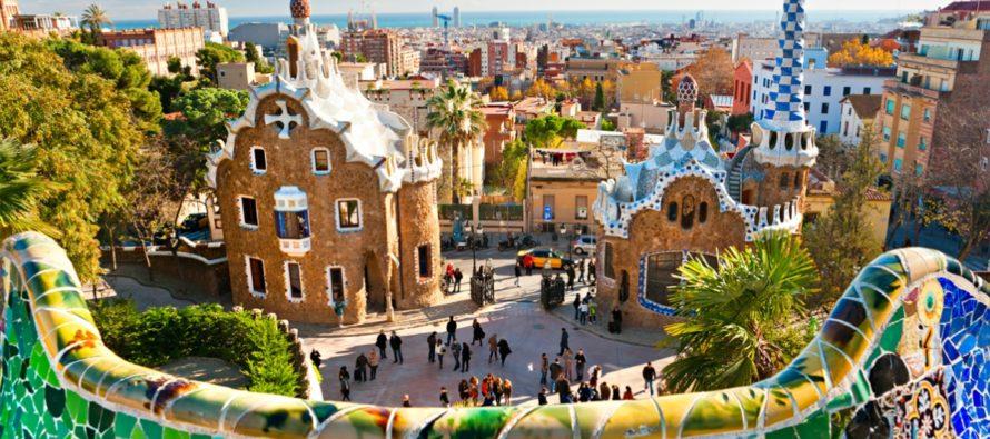 Какие экскурсии можно посетить в Барселоне с русским гидом?