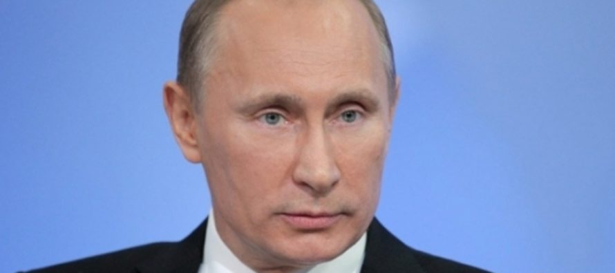 Путин заявил, что Сноуден не должен был раскрывать работу спецслужб США