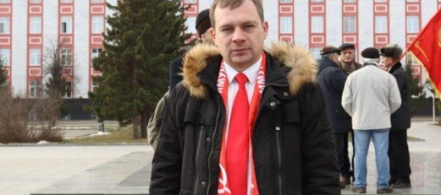 Барнаульского депутата Карпова призвали сознаться в незаконном алкосбыте