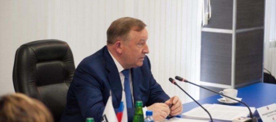 Более 500 вопросов: губернатор Алтайского края провел онлайн-конференцию