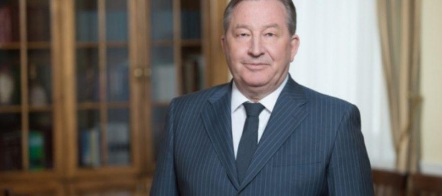 Губернатор Алтайского края Карлин поднялся в рейтинге глав регионов