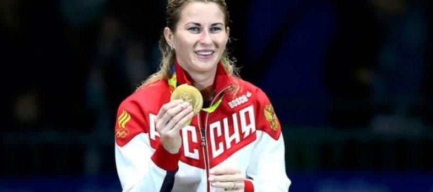 Российская рапиристка завоевала золото на ЧМ по фехтованию