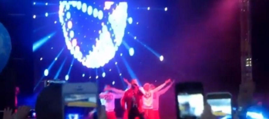 Смотрим, как группа «Руки вверх» зажгла в Заринске на День города