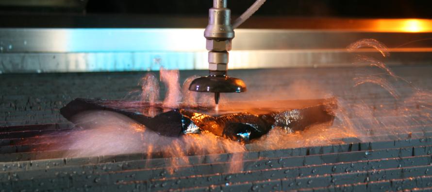 Преимущества гидроабразивной резки по металлу