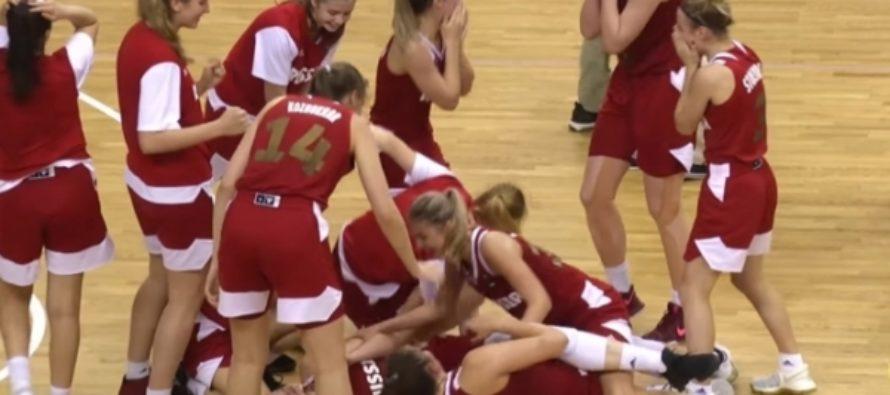 Женская сборная РФ U19 обыграла непобедимых американок на ЧМ по баскетболу