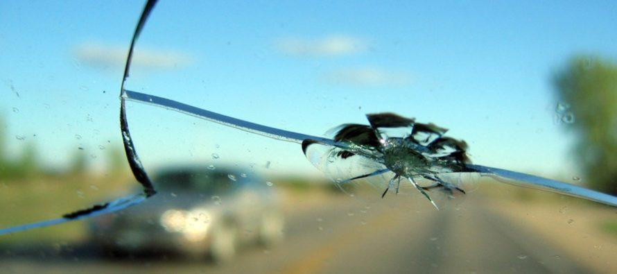 Какие дефекты автомобильного стекла можно поправить?