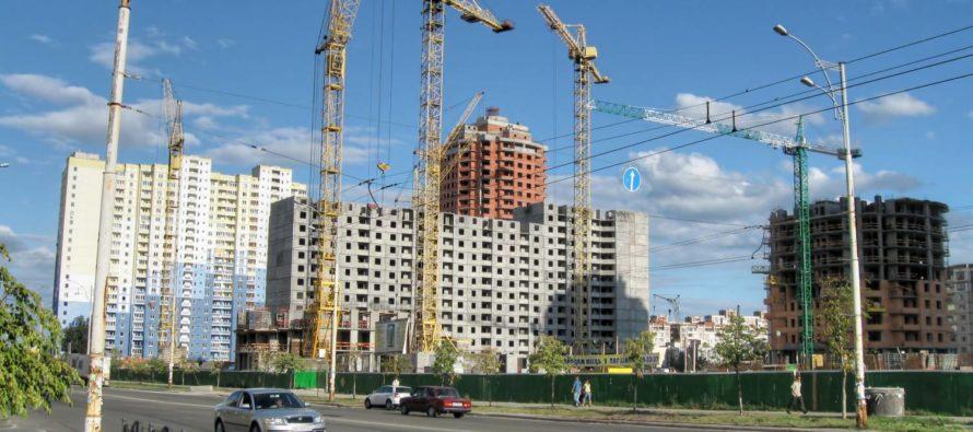 Темпы строительства новостроек Санкт-Петербурга.