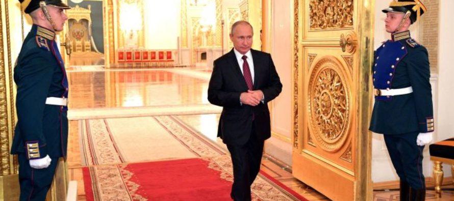 Опрос: больше половины россиян готовы проголосовать за Путина на президентских выборах