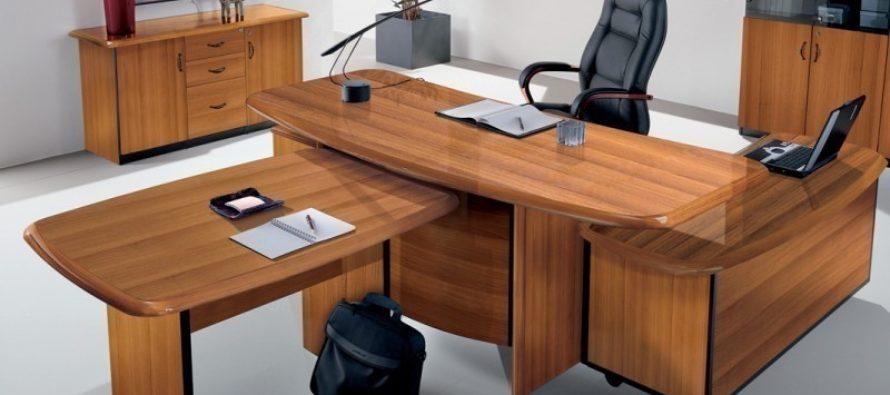 Как выбрать подходящий стол для руководителя?