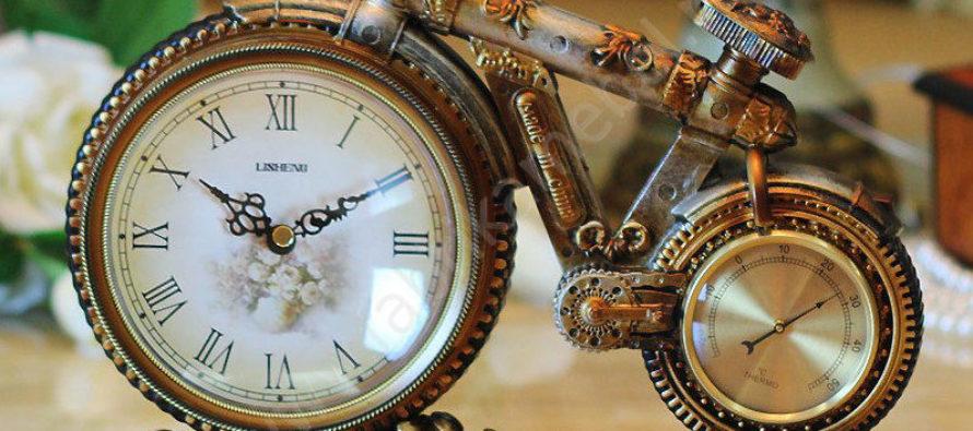 Настольные часы — нужен или нет подобный аксессуар в вашем доме?