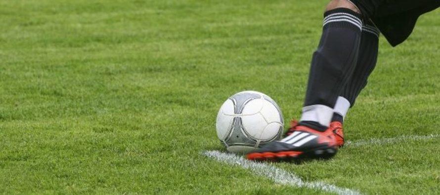 Барнаулец прокомментировал матч «Ливерпуля» на телеканале «Футбол 1»