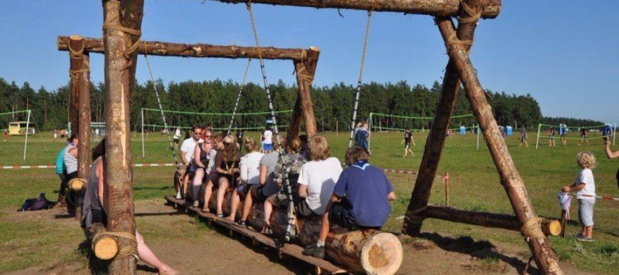 В Алтайском крае увеличится компенсация за путевку в детский лагерь
