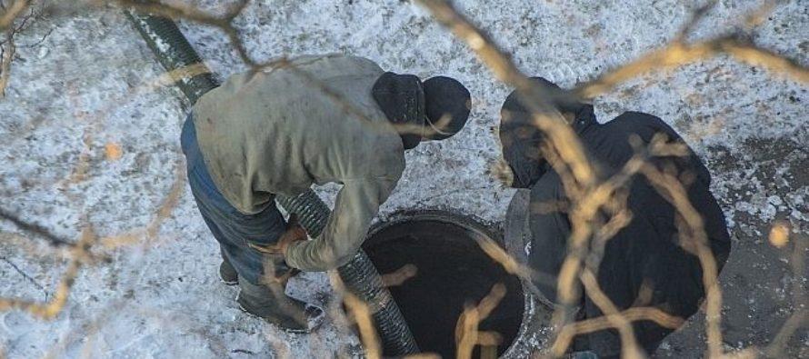 В Барнауле после капремонта многоквартирного дома прорвало канализацию