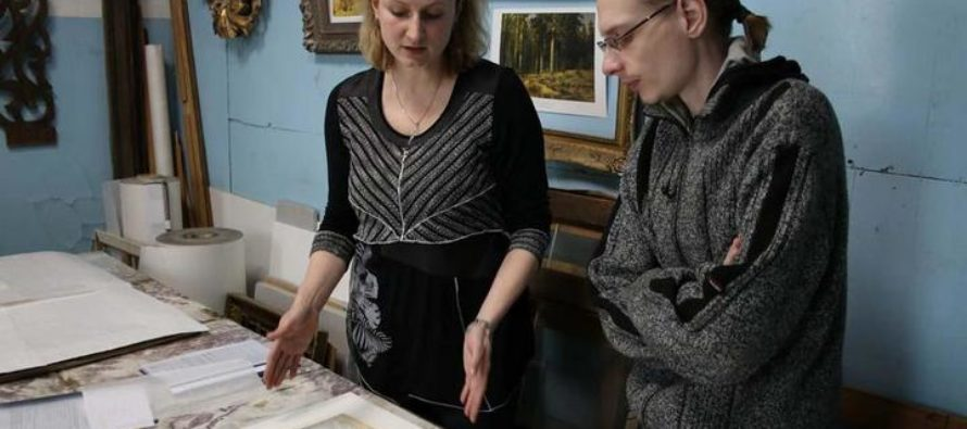 Художественный музей Алтайского края отреставрировал в Москве 12 произведений
