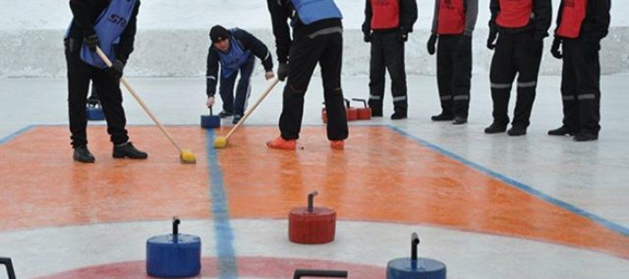 Алтайские заключенные провели соревнования по керлингу