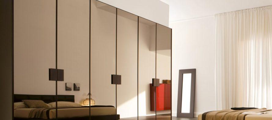 Распашной шкаф в спальню: современные идеи оформления