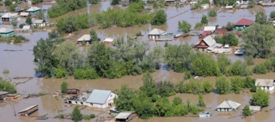 В Алтайский край направляют спасательные отряды из соседних областей