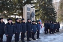 Молодые сотрудники бийской полиции приняли присягу