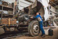 Особенности ремонта грузовых автомобилей