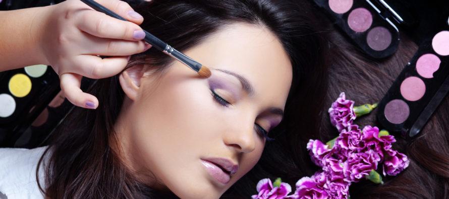 Профессиональная косметика: советы экспертов по выбору