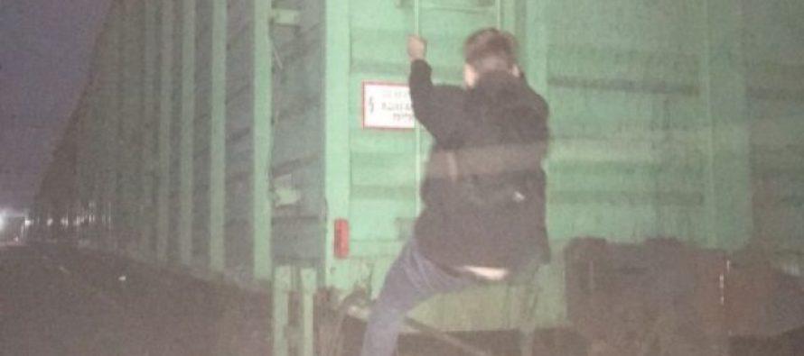 Барнаулец получил ожог тела, делая селфи на крыше грузового поезда