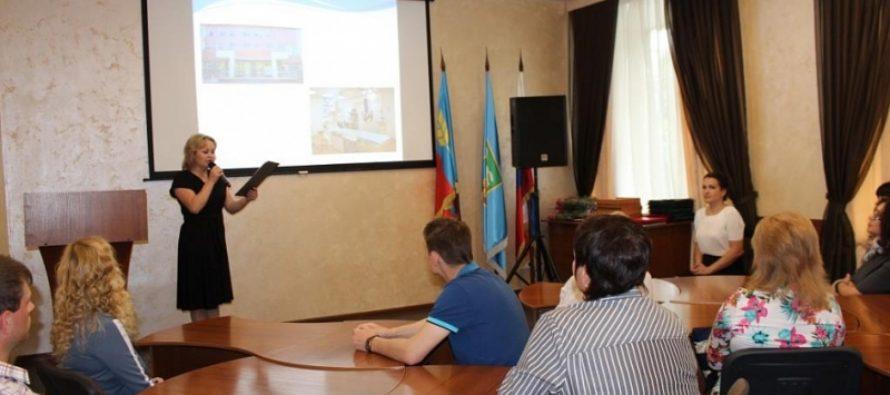 В преддверии Дня медицинского работника в Барнауле поздравили представителей сферы