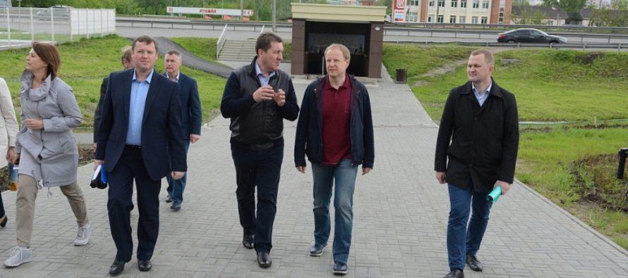 Виктор Томенко и Сергей Дугин совершили объезд краевой столицы