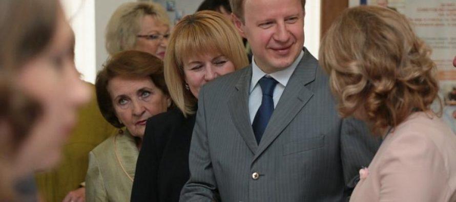 Виктор Томенко: «Гражданский форум «Вместе к успеху!» в Алтайском крае доказал необходимость увеличения бюджетного финансирования общественных проектов»